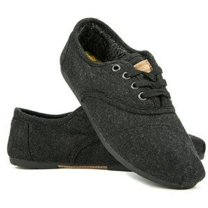 TOMS 'Cordones' Dark Grey, Faux-Fur Lined Sneaker